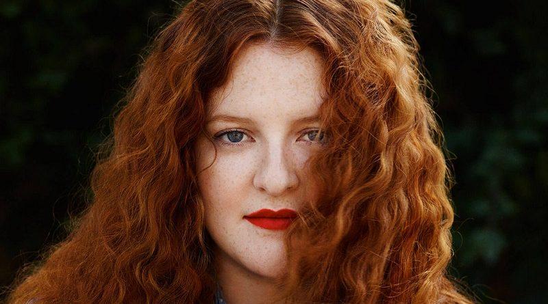 Singer-songwriter Frances announces 2017 UK tour