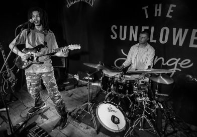 Review: Cosmo Pyke captivates a sold-out Sunflower Lounge