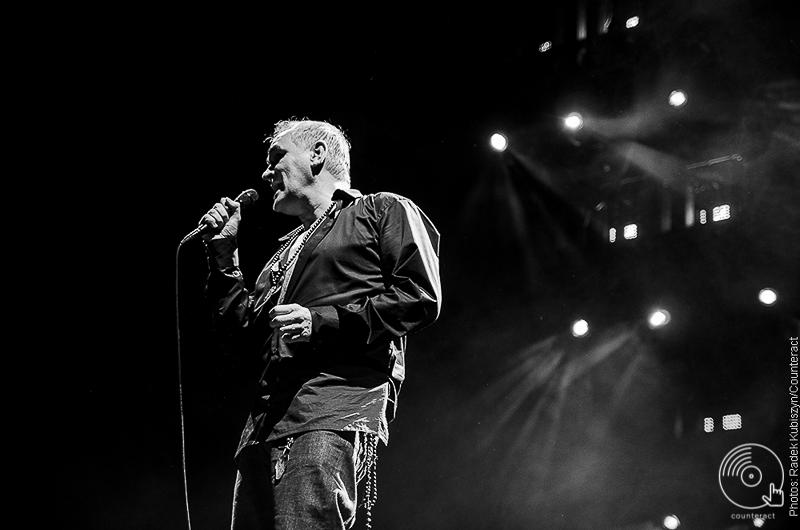 Morrissey_Genting_Arena_Birmingham_04
