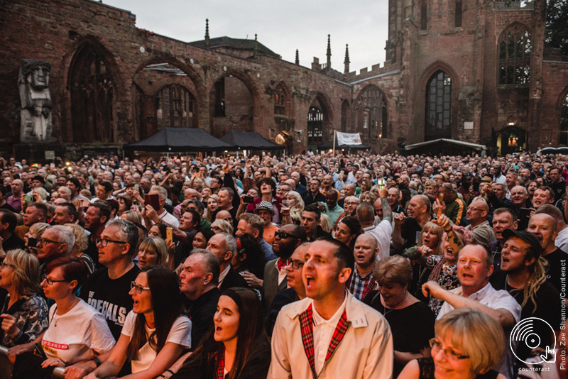 The_Specials_Coventry_Cathedral_8