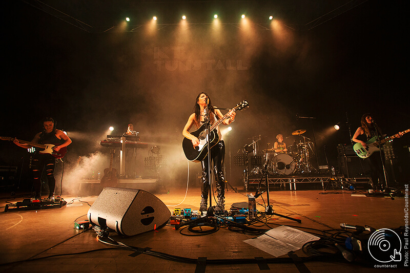 KT_Tunstall_The_Town_Hall_Birmngham_11