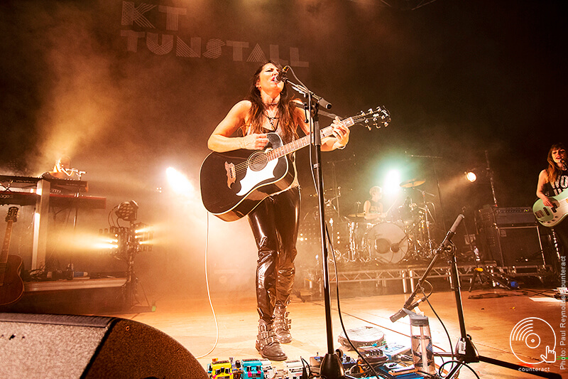 KT_Tunstall_The_Town_Hall_Birmngham_13